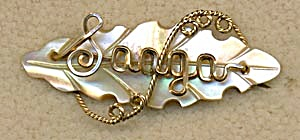 Vintage Wire Name Pin: Saaga (Image1)