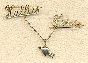 Vintage Wire Name Pin: Tess and Hallie (Image1)