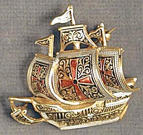 Vintage Sailing Ship Pin Brooch (Image1)