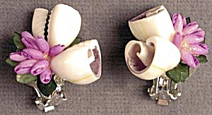 Vintage White & Lavender Seashells Earrings (Image1)