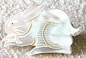 Vintage Mother Of Pearl Bunny Pin (Image1)