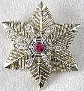 Vintage Coro Snowflake Pin (Image1)