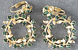 Green Rhinestone Christmas Wreath Clip Earrings  (Image1)