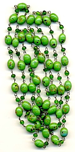Vintage Czech Green Spatterware Glass Bead Necklace (Image1)