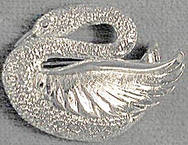 Gerry's Silver Tone Figural Swan Pin