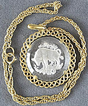 Vintage Trifari Taurus Zodiac Etched Glass Necklace (Image1)
