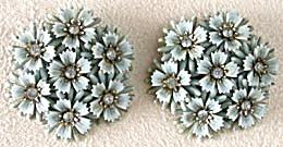 Vintage Coro Blue Flower Earrings (Image1)