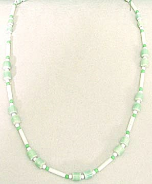 Vintage Green & White Glass & Ceramic Necklace (Image1)