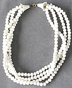 Vintage 4 Strand White Glass Necklace (Image1)