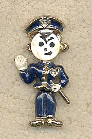 Vintage Policeman Pin (Image1)