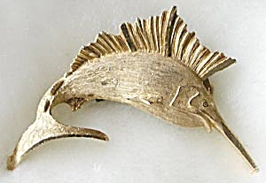 Goldtone Sailfish Pin (Image1)
