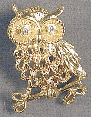 Vintage Owl on Branch Pin (Image1)