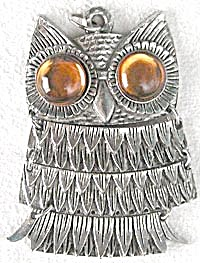 Vintage Moveable Owl Necklace with Golden Glass Eyes (Image1)