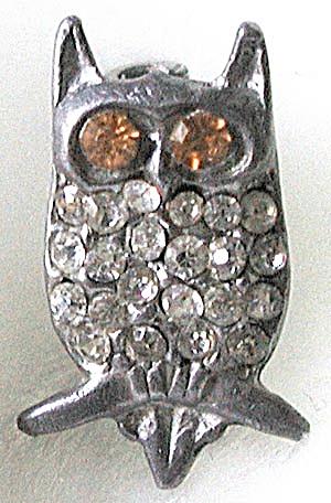 Vintage Tiny Owl Pin (Image1)