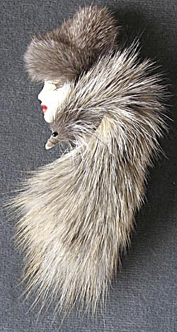Vintage Lady in Fur Hat & Stole Brooch  (Image1)