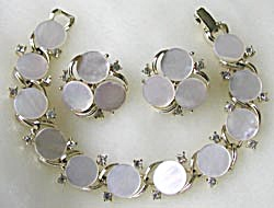Vintage Lisner Mother of Pearl  Demi Parure (Image1)