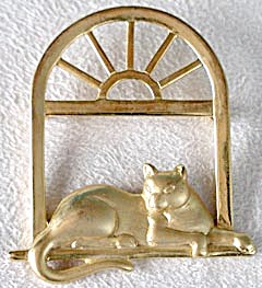 Vintage Cat in Window Pin Signed JJ (Image1)