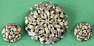 Vintage Trifari Woven with Rhinestones Pin & Earrings (Image1)