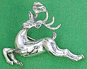 Vintage Silvertone Leeping Deer Christmas Pin (Image1)