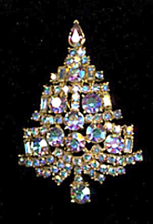 Vintage Christmas Tree Aurora Borealis Jeweled Pin (Image1)