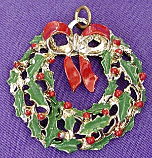 Vintage Christmas Wreath Pendent (Image1)