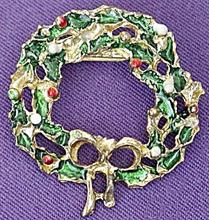 Vintage Christmas Wreath PIn (Image1)