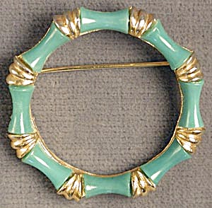 Vintage Green Bamboo Circle Pin (Image1)