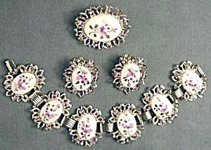 Vintage Violet Demi Parure (Image1)