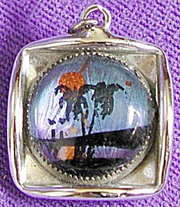 Vintage Butterfly Wing Small Pendant (Image1)