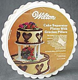 Vintage Wilton Cake Separator Plates & Grecian Pillars (Image1)