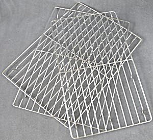 Vintage Wire Cooling Racks Set Of 3