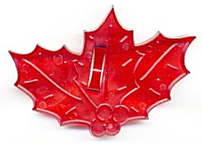 Vintage Holly Leaf Berry Cookie Cutter with Crown (Image1)