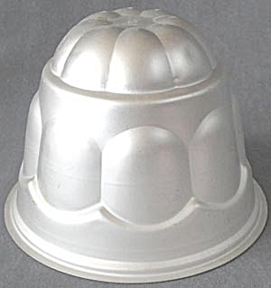 Vintage Wear Ever Aluminum Dome  Jello/Gelatin Mold (Image1)