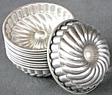 Vintage Aluminum Fancy Jello Molds Set of 10 (Image1)