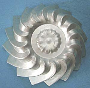Vintage Aluminum Swirl Mold (Image1)