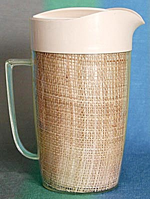 Vintage 1950's Thermal Ware Set of Straw-weave (Image1)