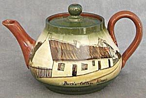 Vintage Torquay Teapot (Image1)