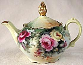 Vintage Hand Painted Bavaria Individual Teapot (Image1)