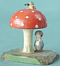Vintage Wooden Mushroom Recipe Holder (Image1)