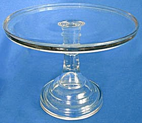 "Victorian 11"" Pedestal Cake Plate (Image1)"