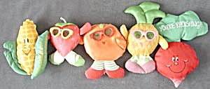 Strawberry Girl, Radish Ear of Corn & More Magnets (Image1)