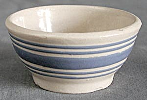 Vintage Blue Striped Small Mixing Bowl (Image1)