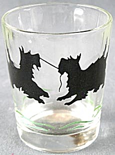 Vintage Scotties Playing Tug Of War Glass/tumbler
