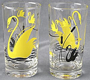 Vintage Swan Drinking Glasses Set Of 2
