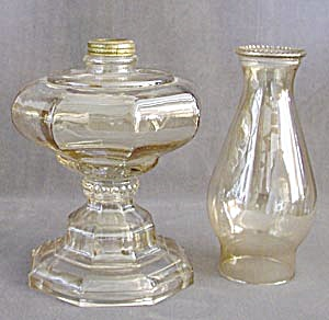 Vintage Honey Luster Glass Hurrican Lamp (Image1)