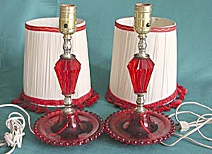 Pair of Vintage Red Plastic Lamps with 2 Sets of Shades (Image1)