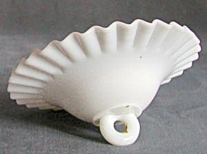 "Vintage 6"" Ruffled Milk Glass Smoke Bell (Image1)"