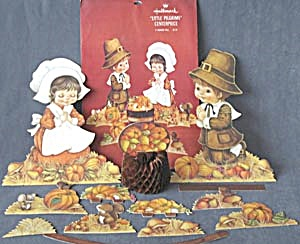 Hallmark Thanksgiving Little Pilgrims Decoration