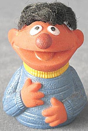 Vintage Muppet Finger Puppet (Image1)