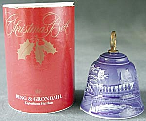 Bing & Grondahl Christmas Bell 1991 (Image1)